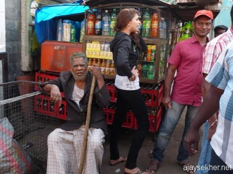 Mala Aravindan and Parvathy Omanakuttan on location of a Malayalam film at Bazar Road.