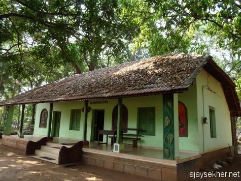 Old British bungalow now turned in an interpretation centre at Chaliyam Itty Achuthan Sasya Sarvaswam.