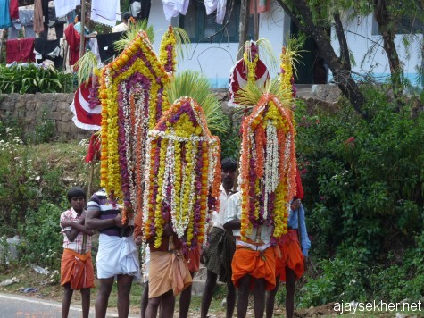 A local ritual procession in Naduvattam.  The place name Nadu Vattam literally means the Vattam or Kottam or Kuti at the centre of the region.  It once housed the Vattam or Vihara or Pally in the ancient days.