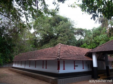 Tozhuvanur Durga temple, Kavumpuram, Valanchery.  The huge banyan is seen in the back ground in the north eastern corner.  It is a museum of rare plants and a memorial of local history.