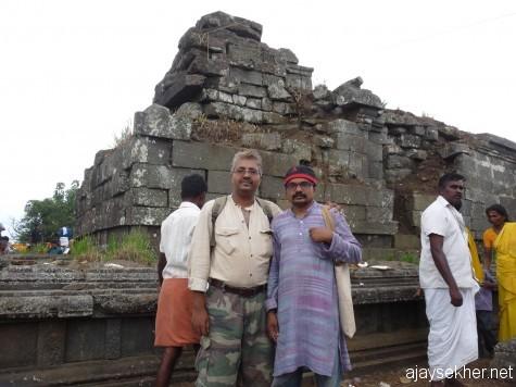 Before the big northern shrine now enshrining a Linga at Mangalamadantai Kottam with Anirudh Raman on Chitra Paurnami day, 25 apl 2013.