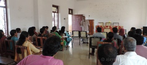 A master class from an enlightened being: Prof Shanmughadas engaging the students and teachers at SSUS Tirur centre.