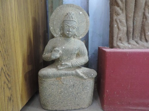 Buddha 3 at Tiruchirapally Govt Museum, seems to be of later middle ages.
