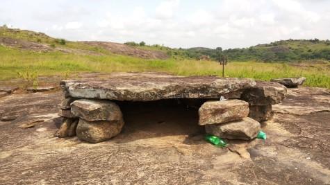 Dolmen at Tolanur also called the bedrock of Tolan or Tolante Kattil